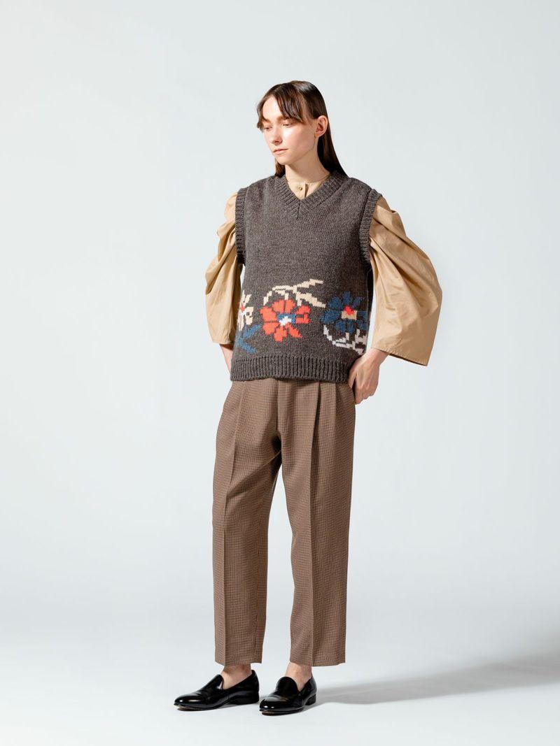 flower vest / gray