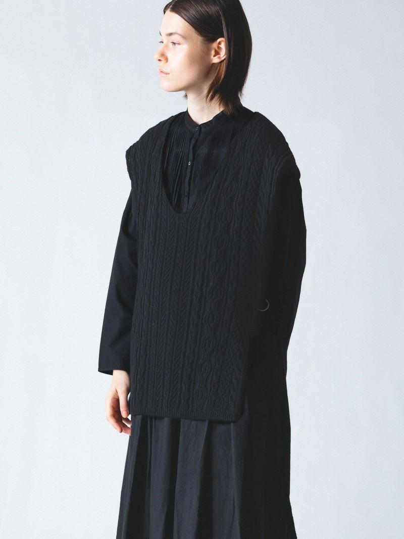 cable vest / black