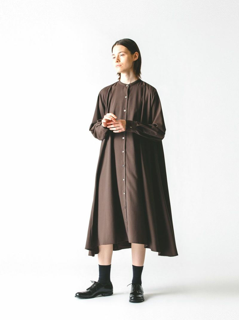 T/R stand collar flare shirt OP / beige