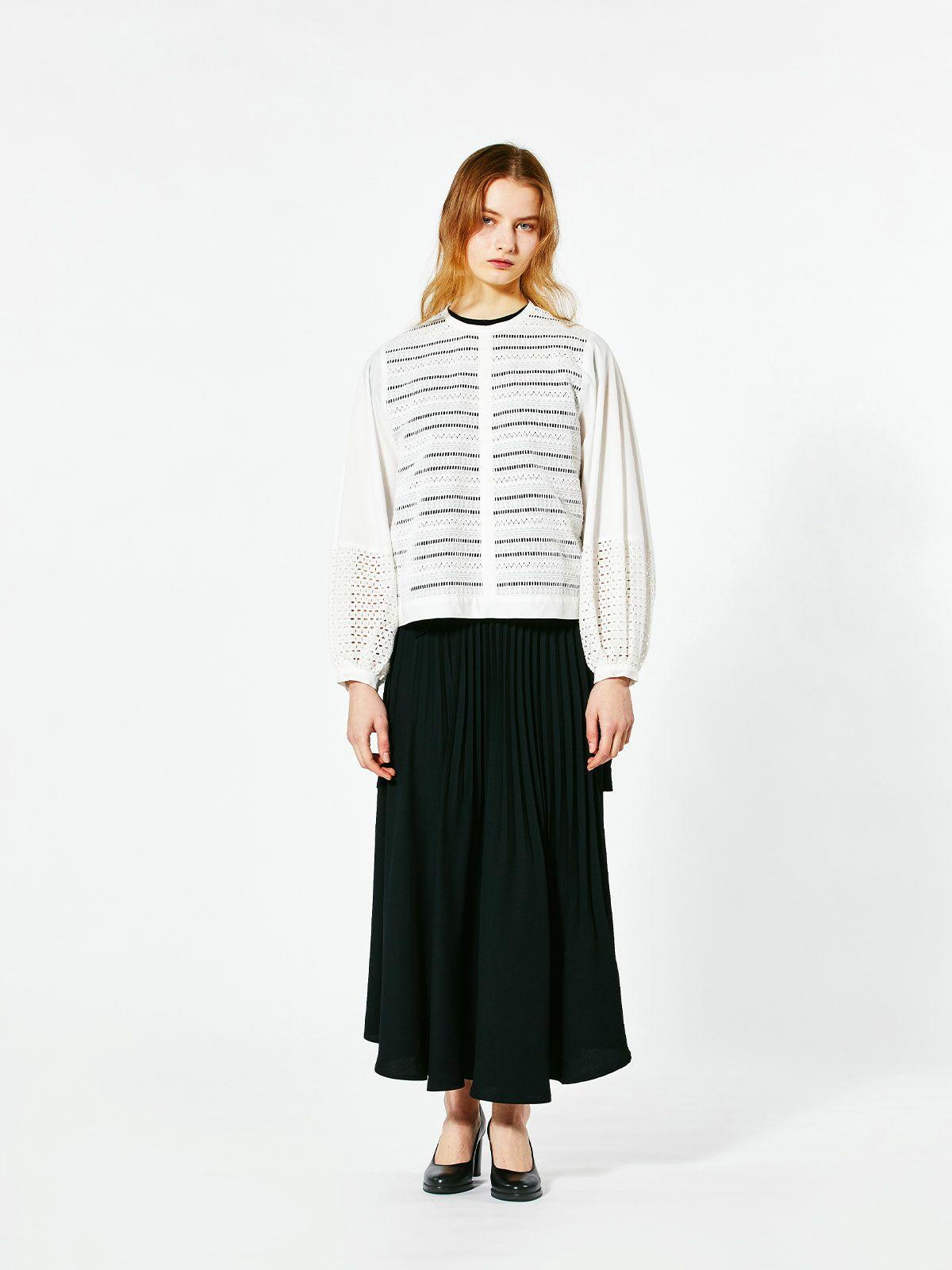 lace pattern shirt