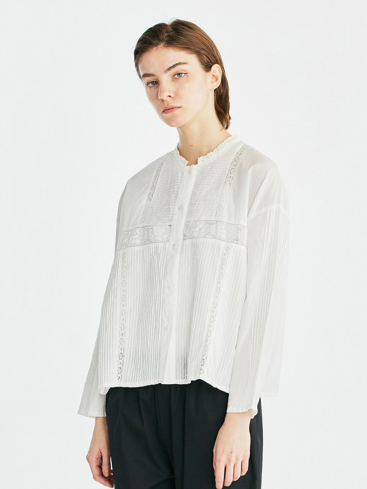 pintuck & lace stand collar shirt  /  off white