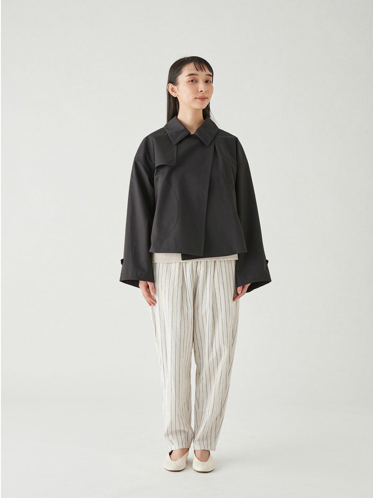 short trench coat / black